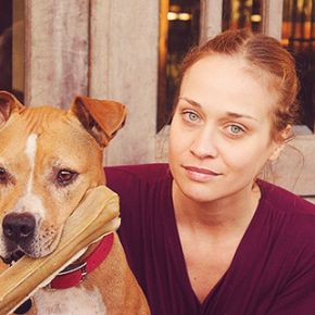 Fiona Apple cancels South American tour to stay by her dying Pit Bull's side